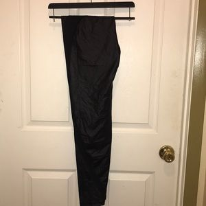 Victoria's sport black leather looking legging